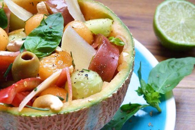 melon, jambon cru, parmesan pour une salade tout en fraîcheur