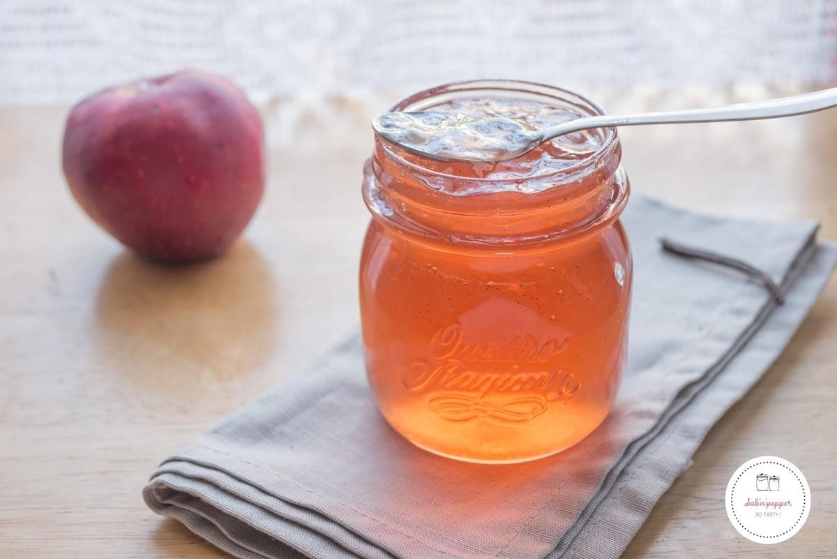 Gelée de pommes à la vanille ; facile, rapide et économique #recette #recettefacile #jelly #jam #applejam