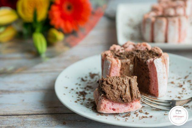Charlotte au chocolat : une recette facile et savoureuse #charlotte #charlotteauchocolat #charlotteauchocolatfacile #recettecharlotte #chocolat