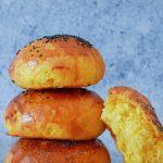 Buns à la patate douce : une reste facile pour des burgers originaux ! #buns #burger #painaburger #recettefacile